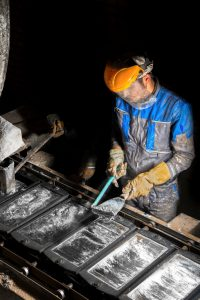 فروش سنگ معدن روی